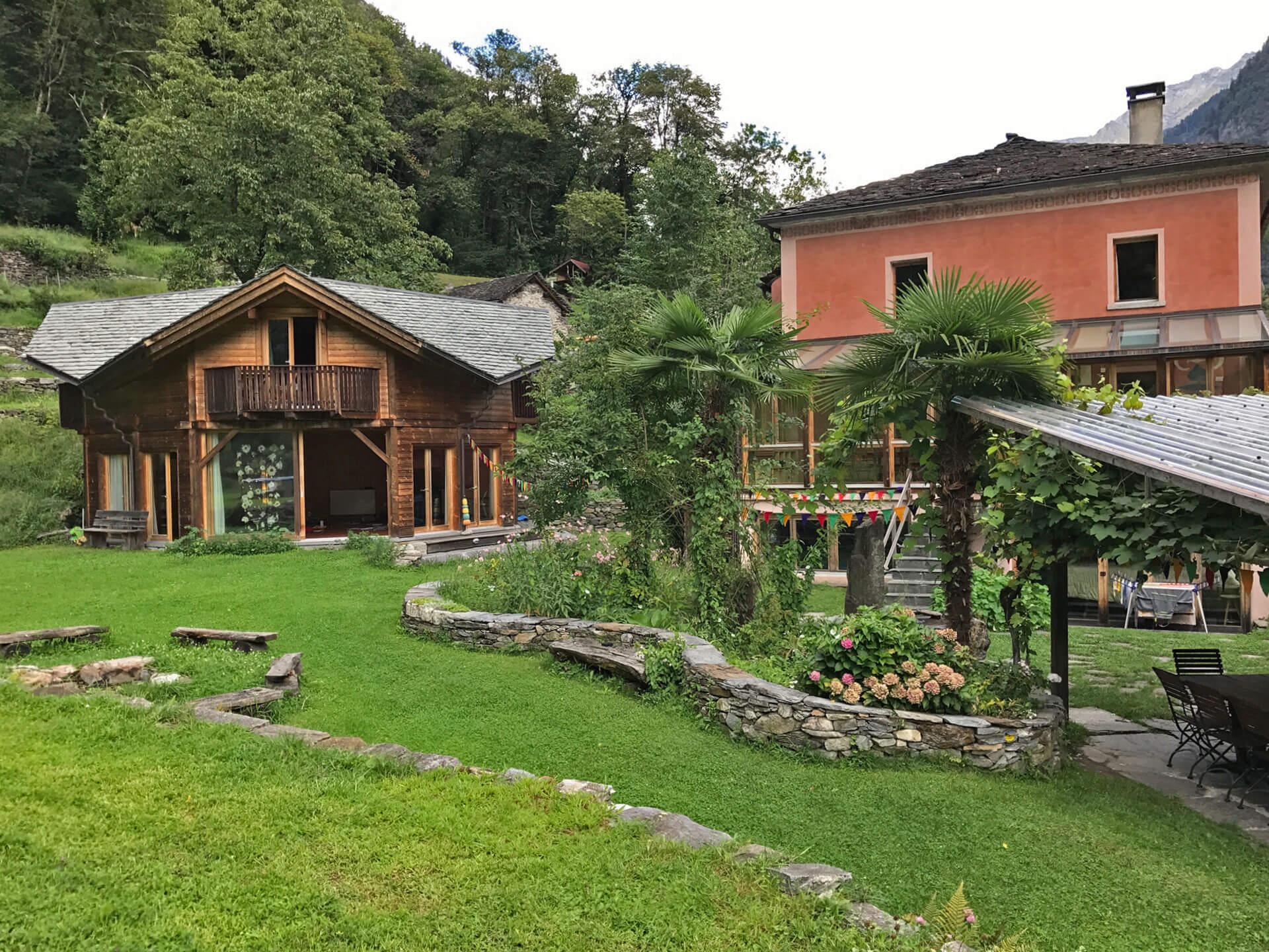 Centro Arte. Garten, Pavillon, Hapthaus und Pergola