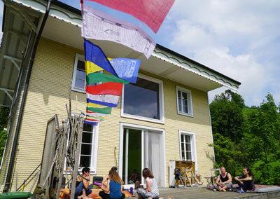 Ellbach Wochenendseminar Potenzial entfalten Pause auf der Terasse